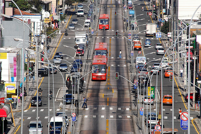 Curitiba's BRT with dedicated bus lanes