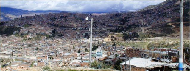 Informal settlements in Bogotá. Photo: Jaime Hernandez-Garcia, 2005.