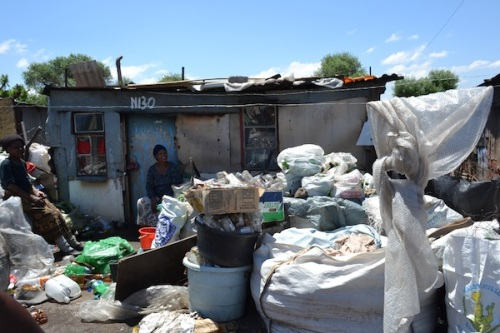 Material collected for recycling on clean-up day in settlement (community organisation)