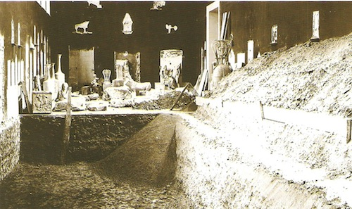 Image 5: The ditch that was to house the museum's exhibits for the years to come. © National Archaeological Museum