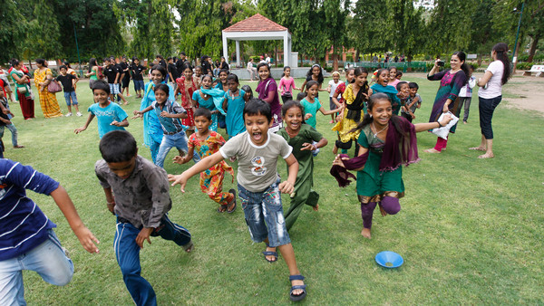 Indian Children Playing In The Park | www.imgkid.com - The ...