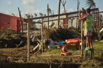 Typhoon Yolanda - Rebuild (worldvisionyouth, 2013)