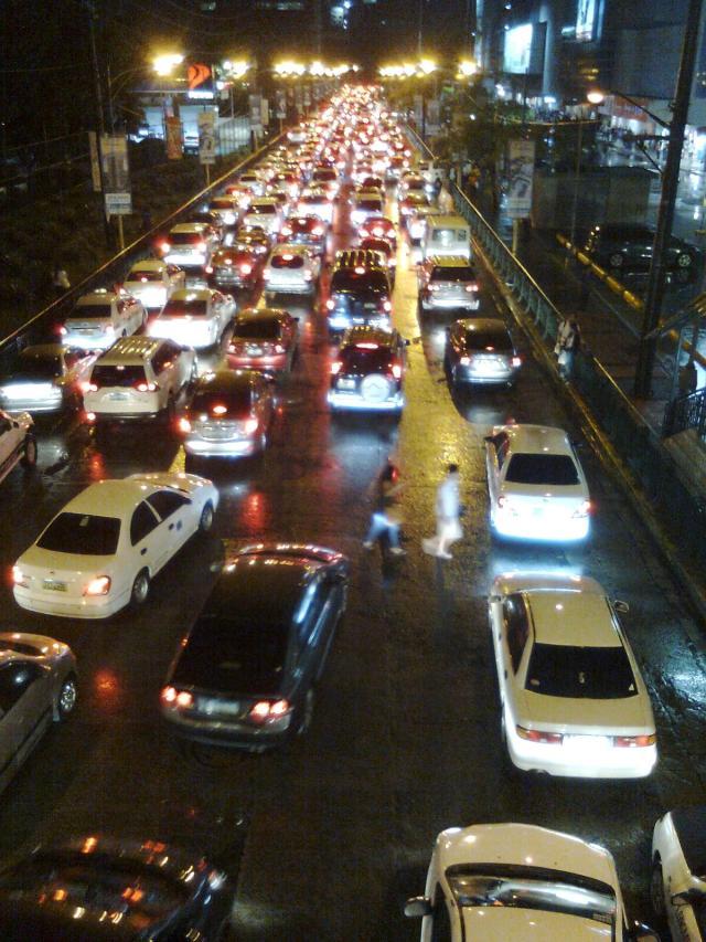 Rush Hour Mandaluyong (Renard Teipelke, 2013)