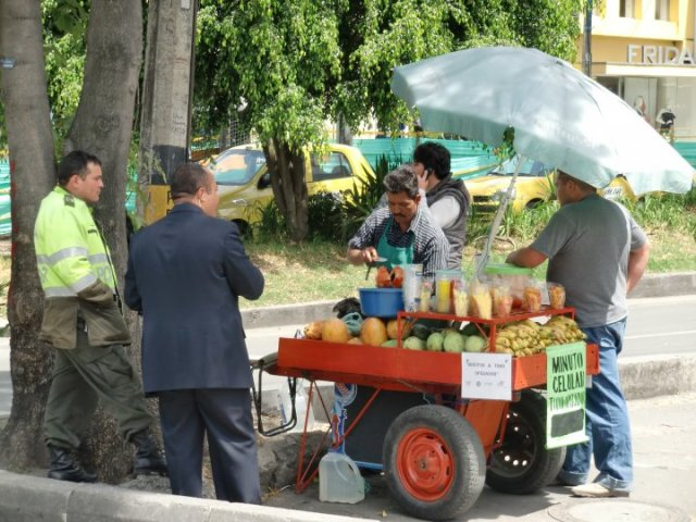 Street fruit vendors in Bogotá
