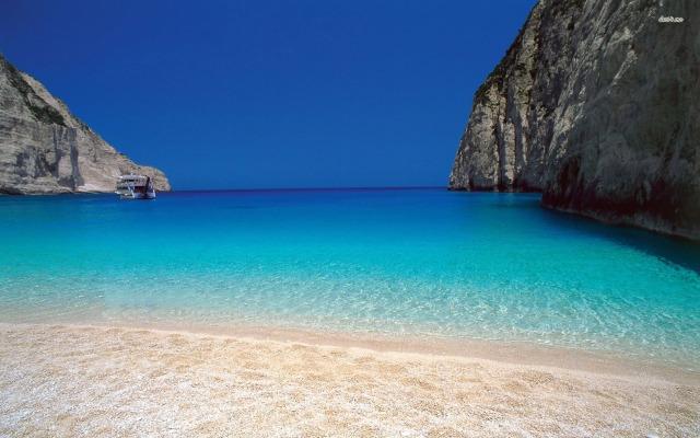 Beach-Lefkada-Greece-Wallpaper