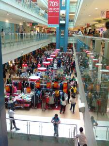 Metro Manila Mall (Teipelke, 2013)